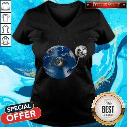 Awesome Disc Jockey Vinyl Earth V-neck
