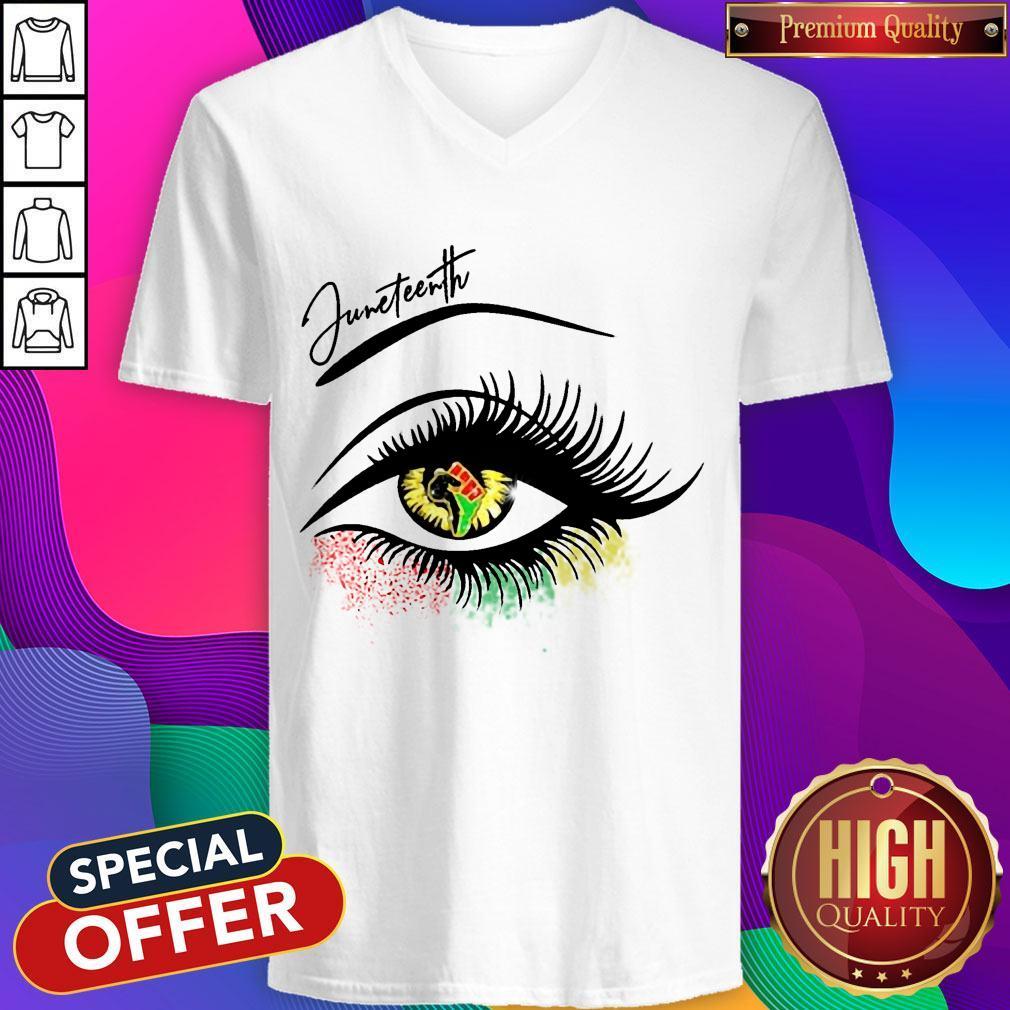 Top Eye Black Girl Magic V-neck