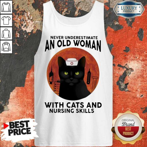 Top Never Underestimate An Old Woman With Cats And Nursing Skills Moon Tank Top
