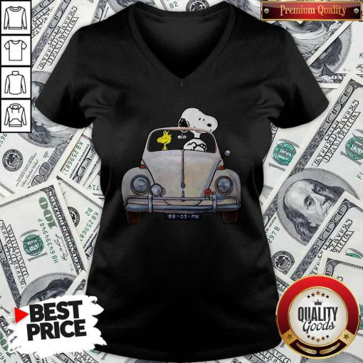 Snoopy And Woodstock Drive Car 09 09 Mk V-neck