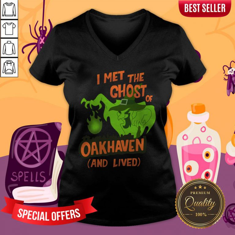Witch'S Ghost Halloween Day 2020 V-neck