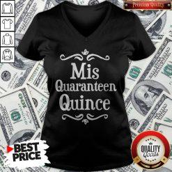 Mis Quince 15 Quaranteen Birthday Teenager V-neck - Design By Waretees.com