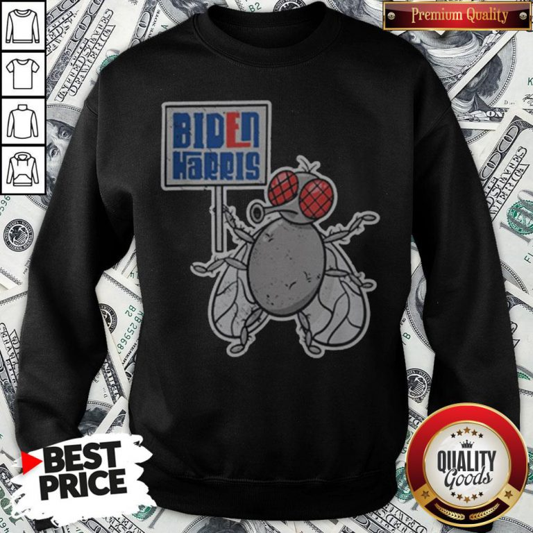 Vice President Pence Fly Kamala Harris Debate Joe Biden Sweatshirt - Design By Waretees.com
