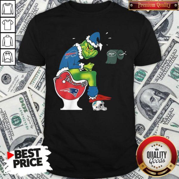 Cute The Grinch Buffalo Bills Shit On Toilet New England Patriots Christmas Shirt
