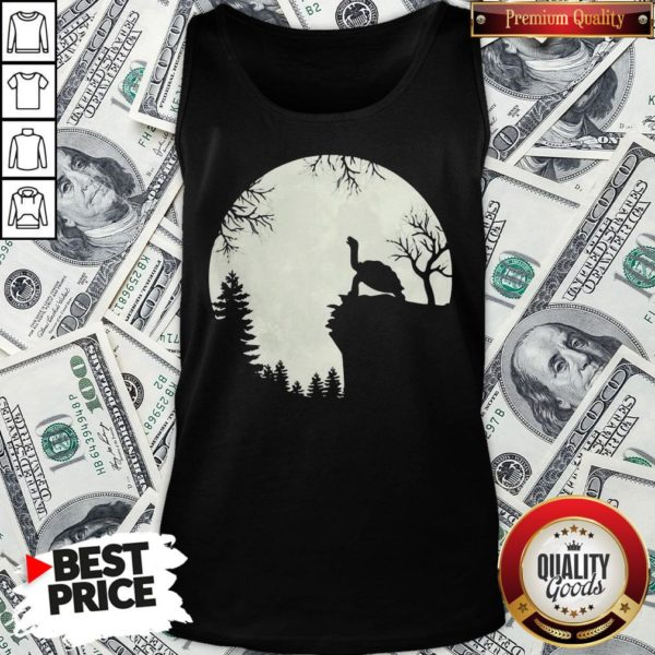 Original Howling Turtle The Moon Tank Top