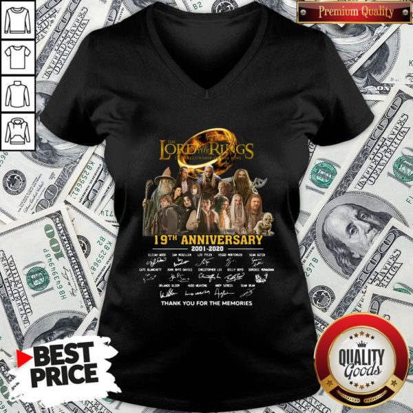 Pretty The Lord Of The Rings 20th Anniversary 2001-2021 Thank You For The Memories Signatures V-neck