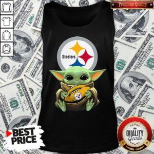 Top Star Wars Baby Yoda Hug Pittsburgh Steelers Tank Top