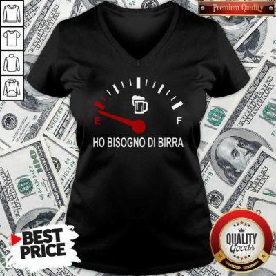 Energy Ho Bisogno Di Birra V-neck - Design By Waretees.com