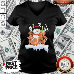 Dachshunds And Snowman Happy Merry Christmas V-neck - Design By Waretees.com