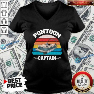 Pontoon Boat Christmas Vintage V-neck- Design by Waretees.com