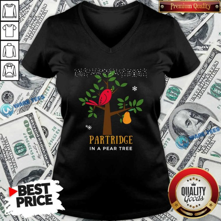 Good Red Bird Partridge In A Pear Tree V-neck - Design by Waretees.com