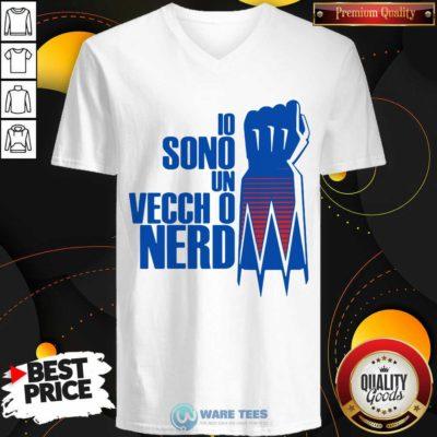 Premium Io Sono Un Vecchio Nerd V-neck - Design by Waretees.com