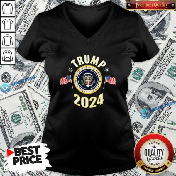 Top Trump 2024 Presidential Seal Flag V-neck - Design by Waretees.com