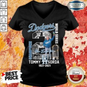 Jaded LA Dodgers World Series Champions 2 Tommy Lasorda V-neck - Design by Waretees.com