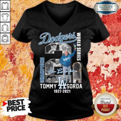 Jaded LA Dodgers World Series Champions 2 Tommy Lasorda V-neck - Design by Waretees.com