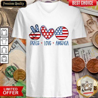 Premium Peace Love America V-neck
