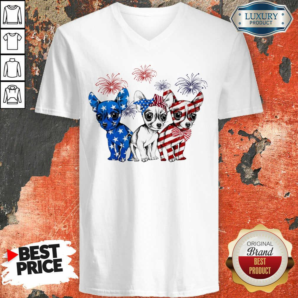 I Love Chihuahua American Flag V-neck