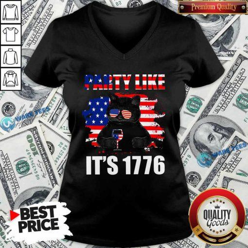Black Cat Party Like Its 1776 V-neck