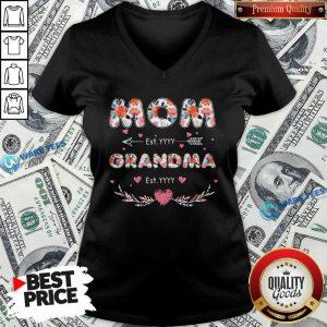 Flower Mom Est Grandma Est V-neck